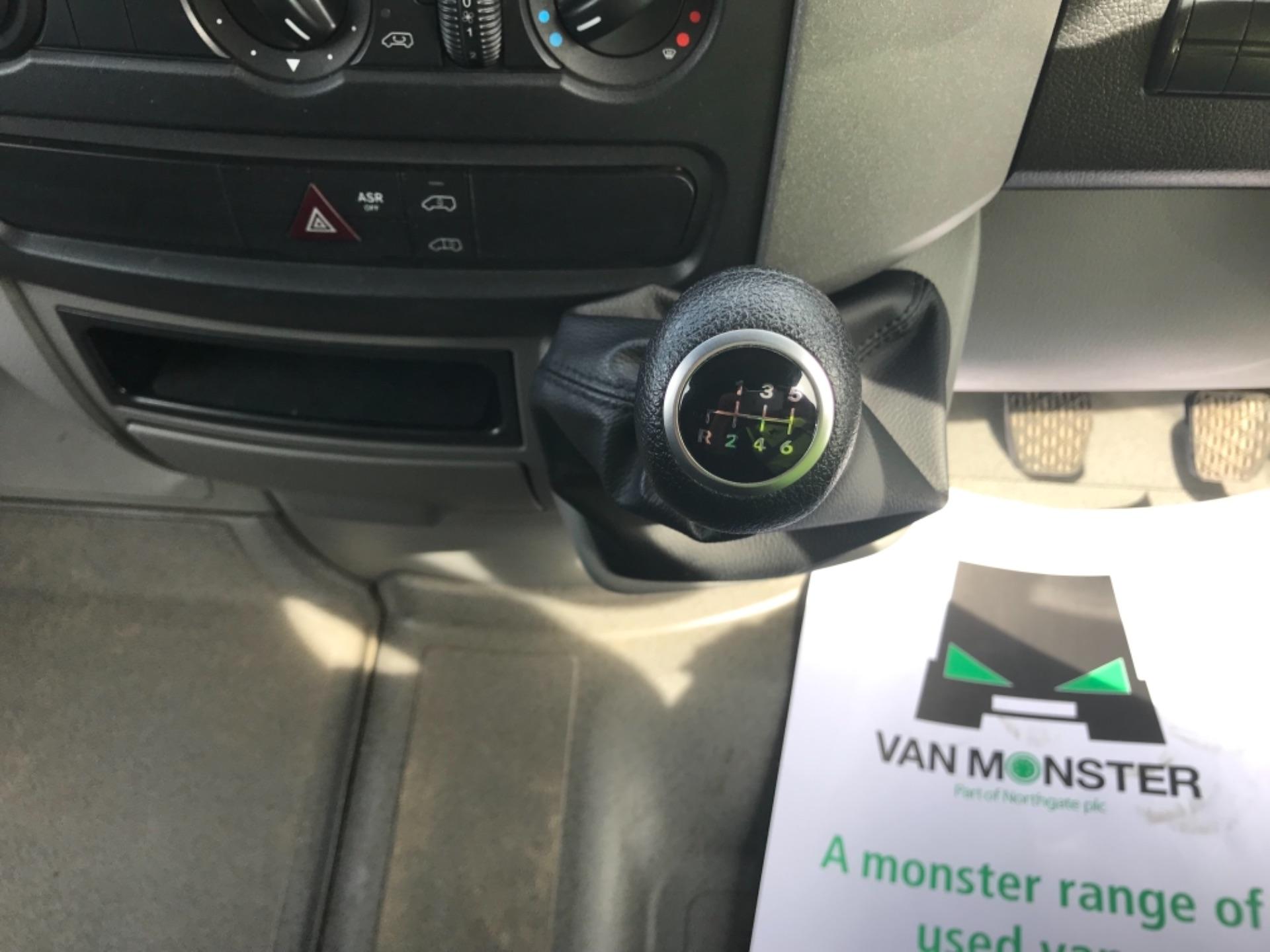 2018 Mercedes-Benz Sprinter  314 LWB H/R VAN EURO 6 (KS18GCV) Image 13