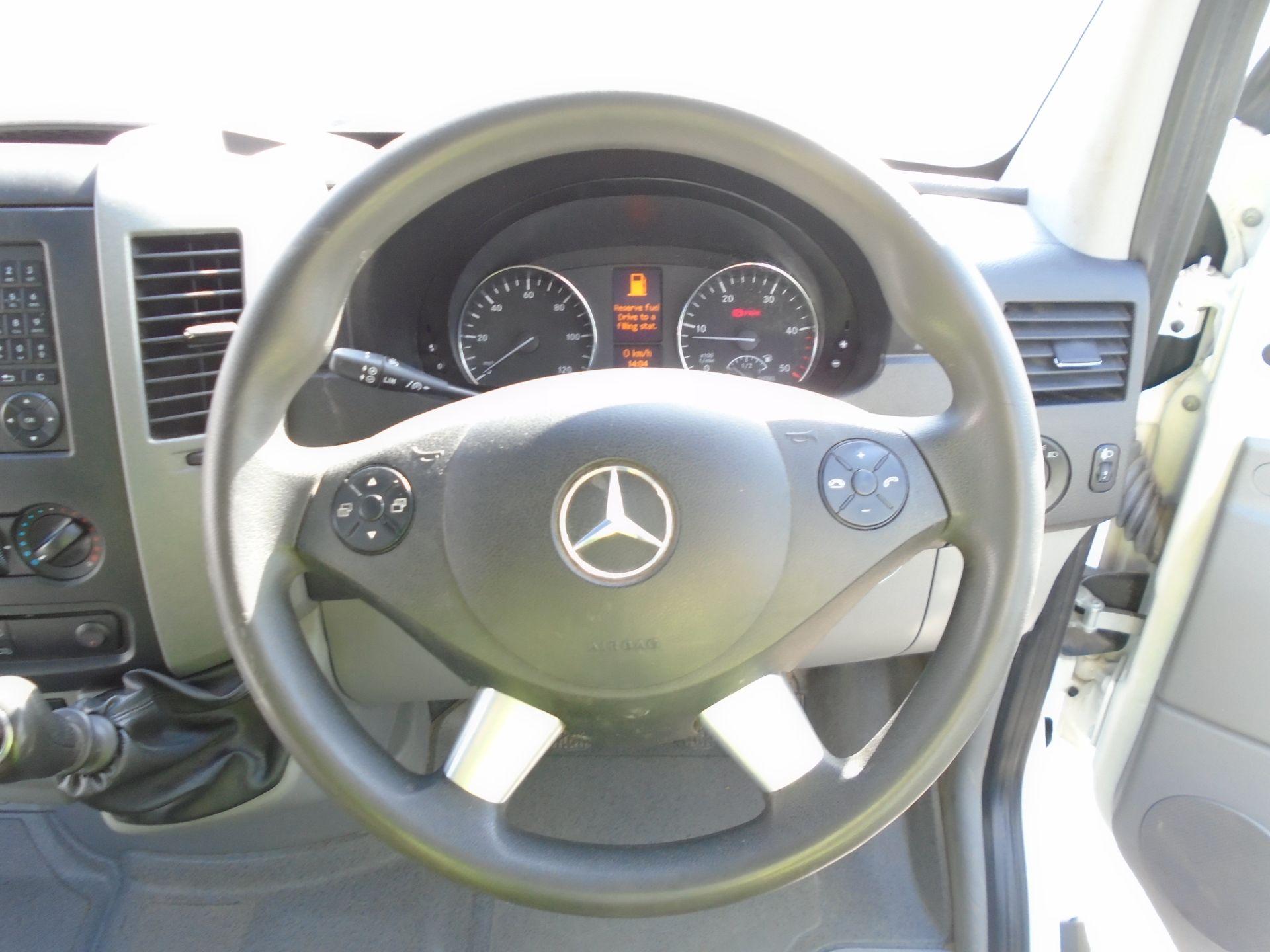 2018 Mercedes-Benz Sprinter 3.5T High Roof Van (KS18GDJ) Image 19
