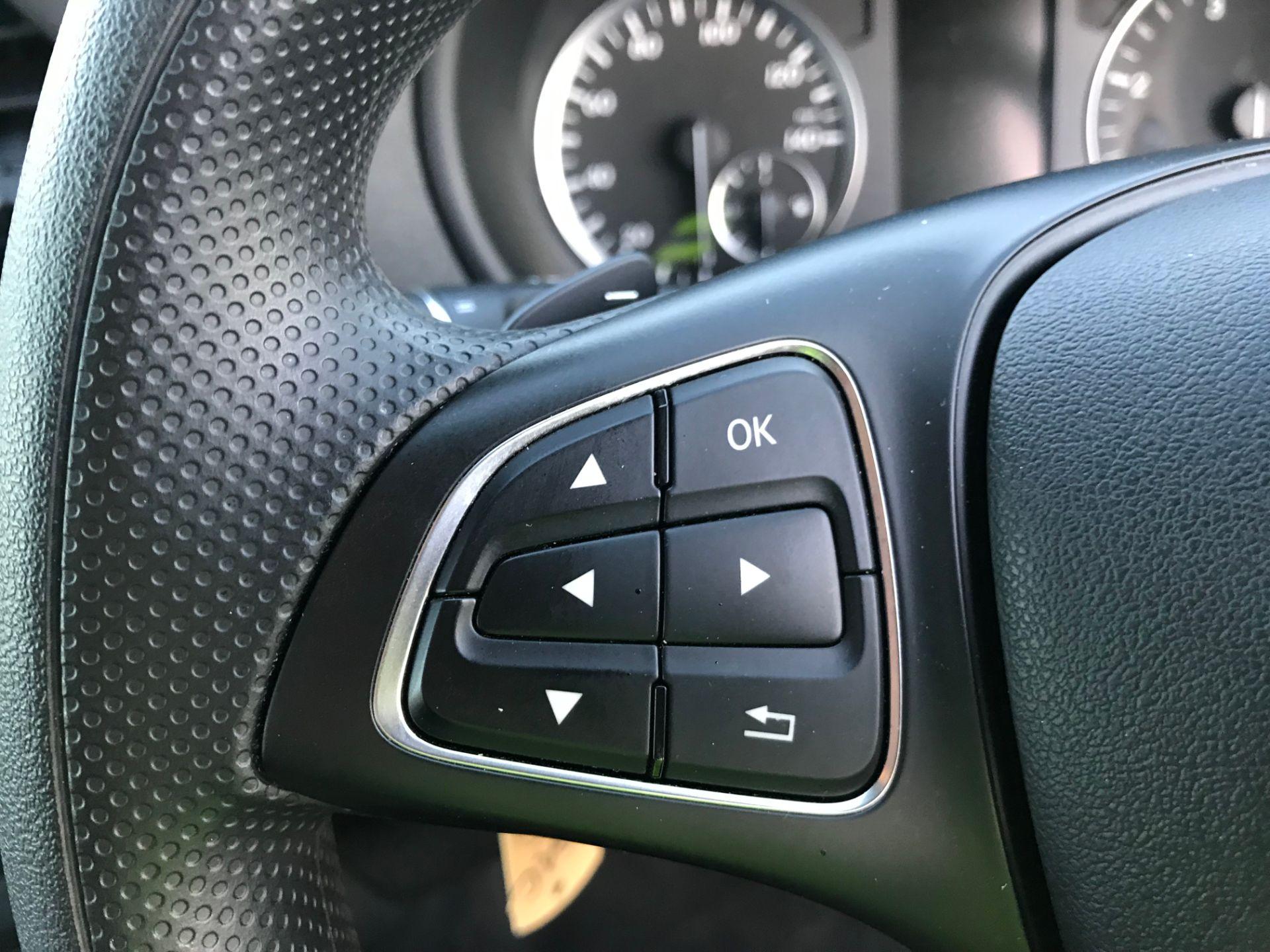 2018 Mercedes-Benz Vito 119 Bluetec Tourer Select (KS18GGY) Image 23