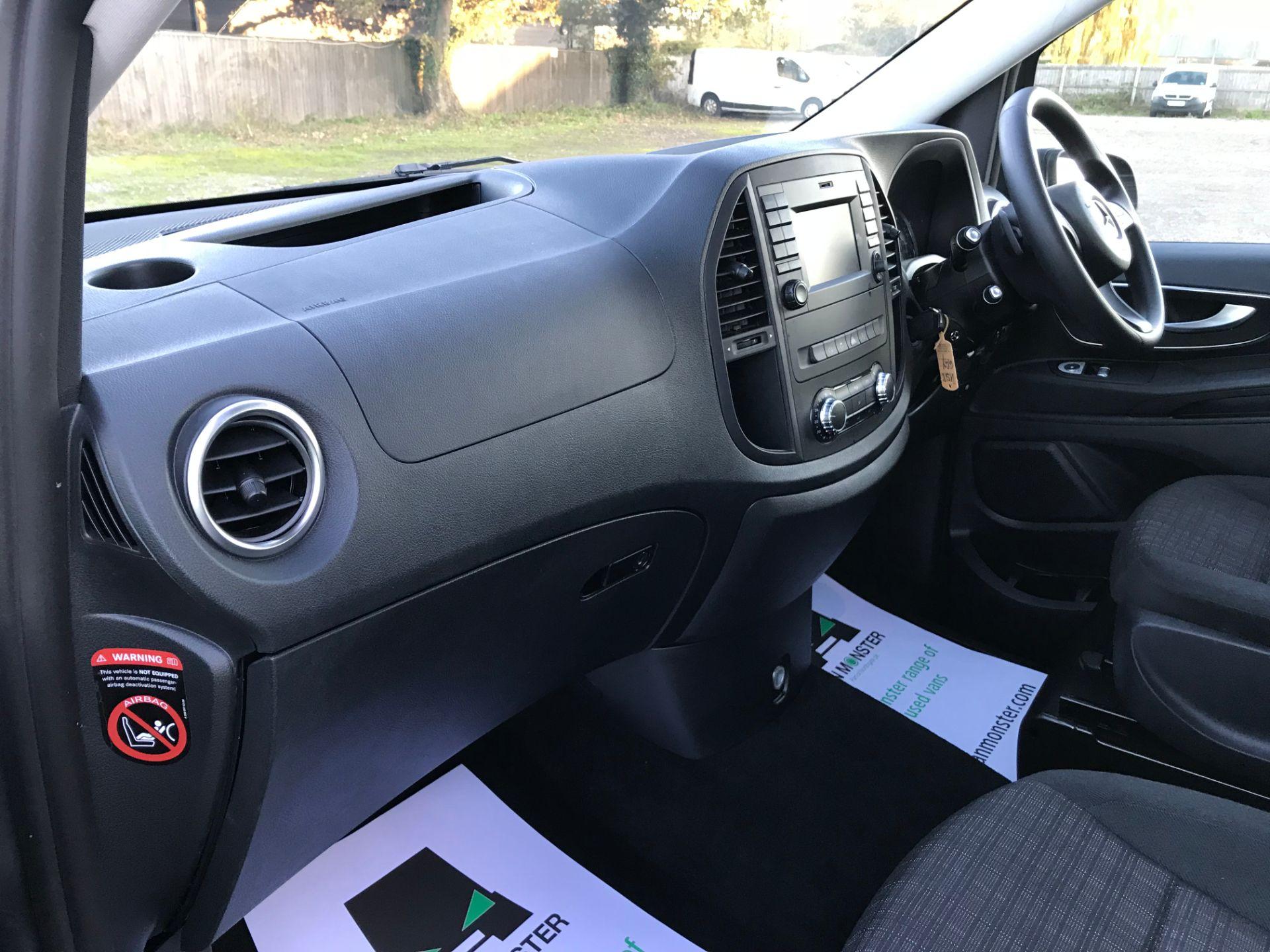 2018 Mercedes-Benz Vito 119 Bluetec Tourer Select (KS18GGY) Image 17