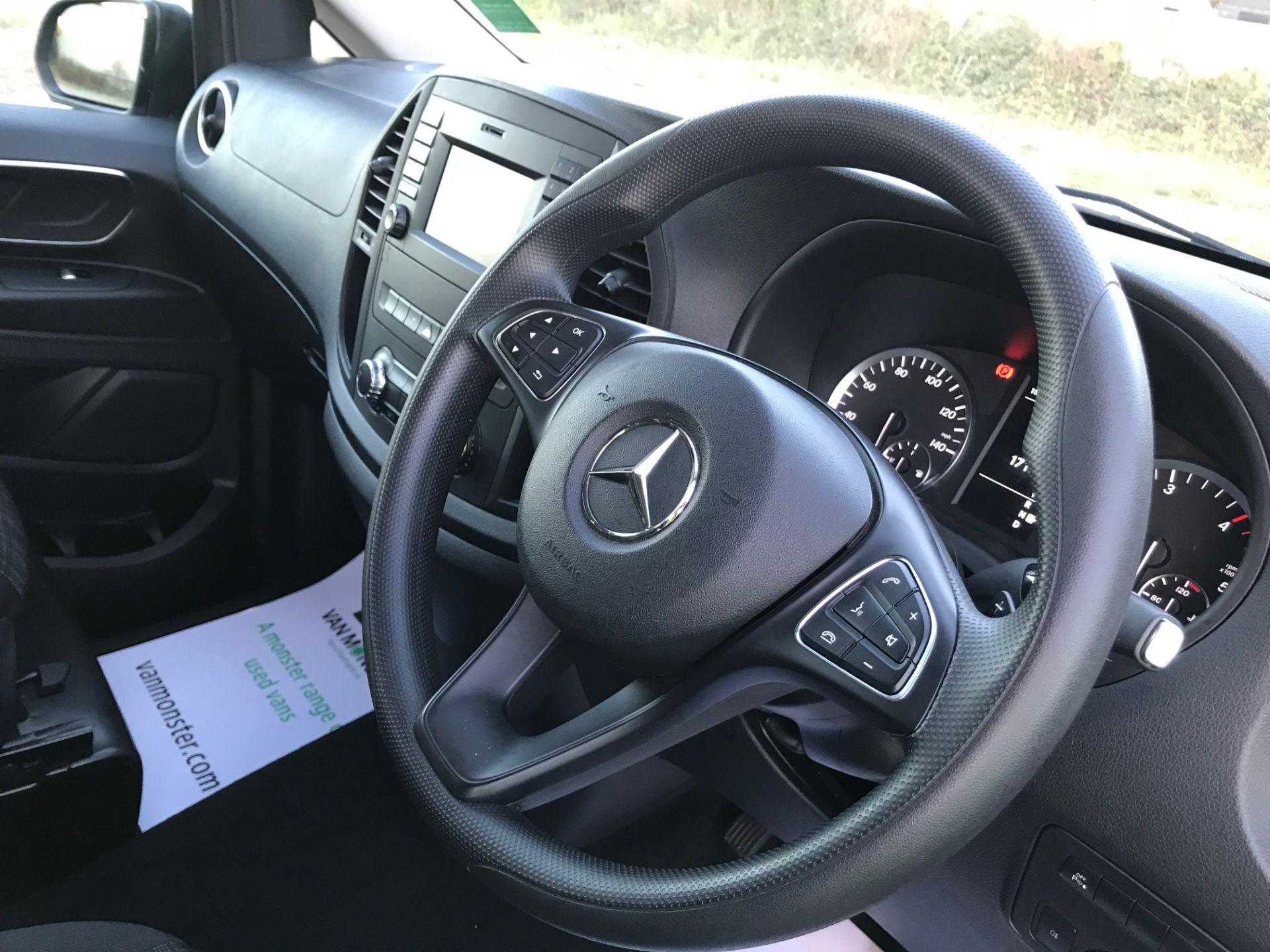 2018 Mercedes-Benz Vito 119 Bluetec Tourer Select (KS18GGY) Image 22