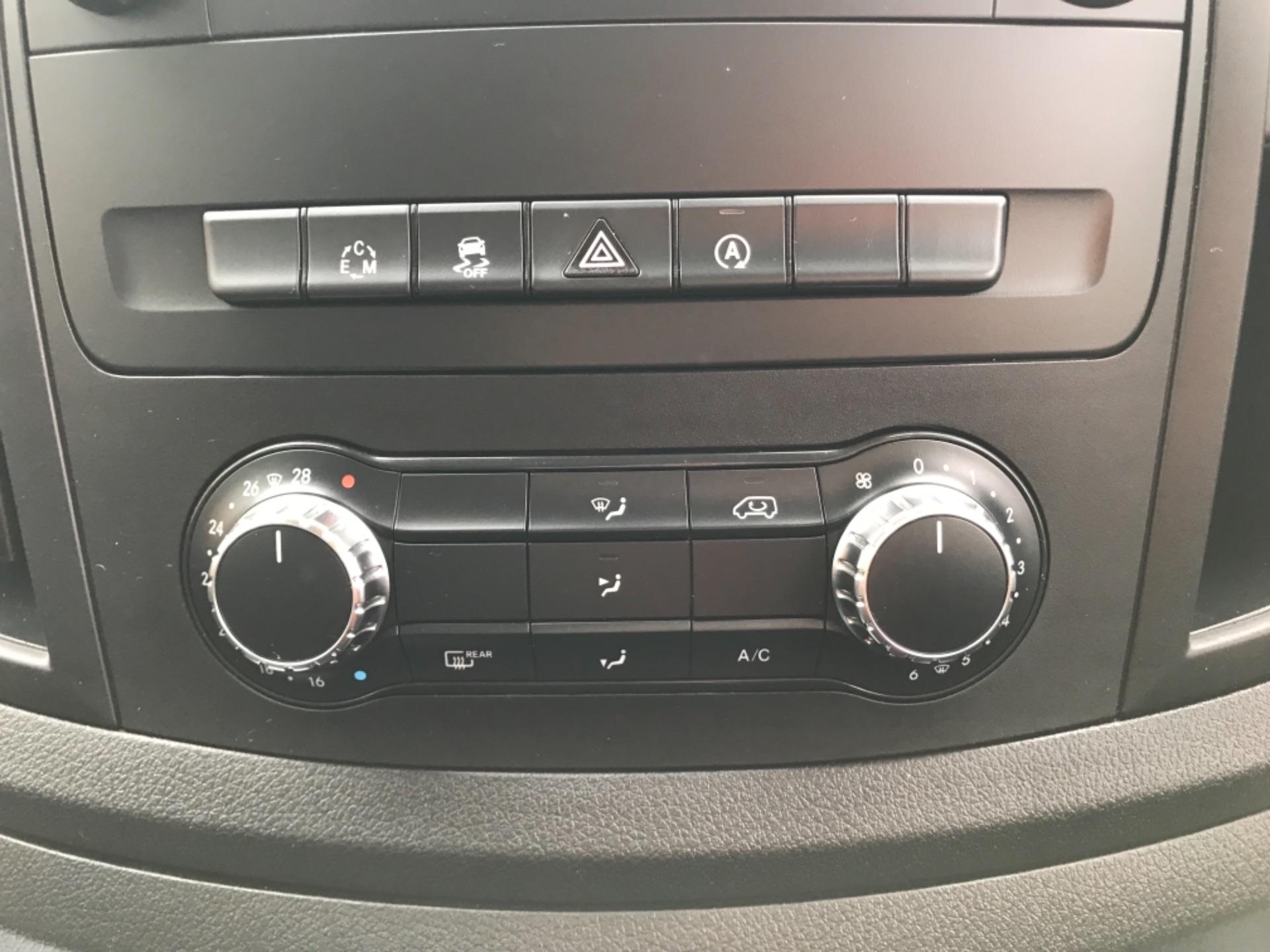 2018 Mercedes-Benz Vito 119 Bluetec Tourer Select 8 Seater (KS18GOX) Image 22