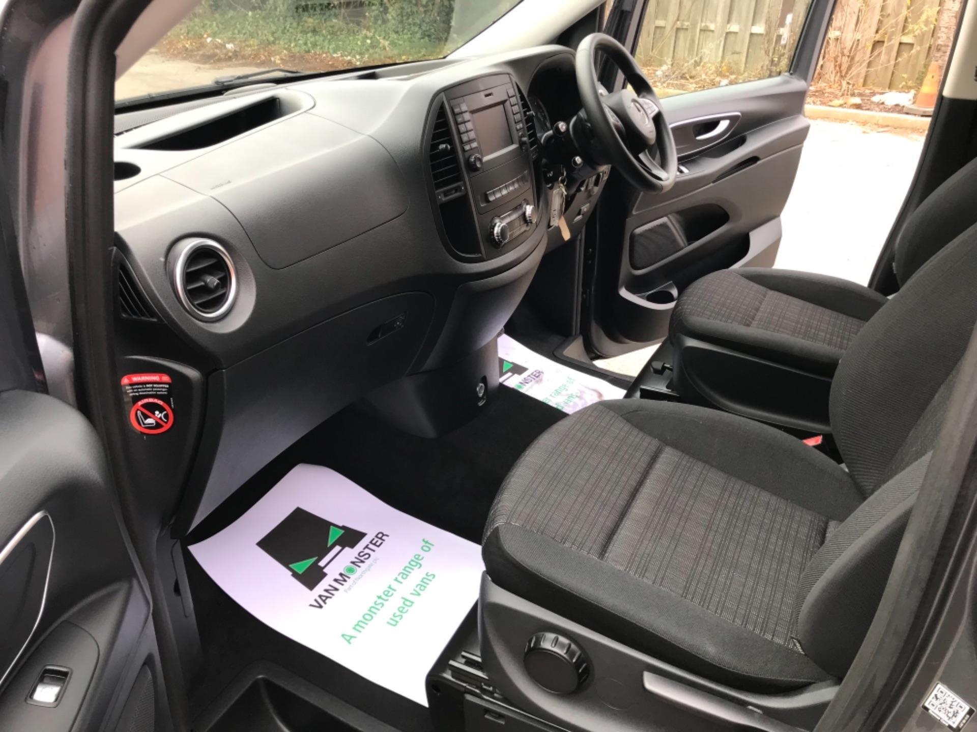2018 Mercedes-Benz Vito 119 Bluetec Tourer Select 8 Seater (KS18GOX) Image 23