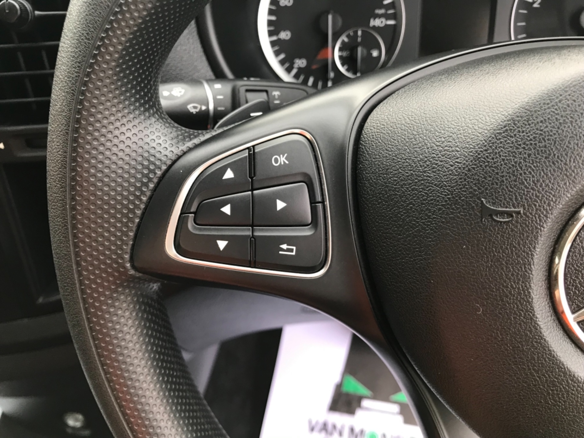 2018 Mercedes-Benz Vito 119 Bluetec Tourer Select 8 Seater (KS18GOX) Image 14