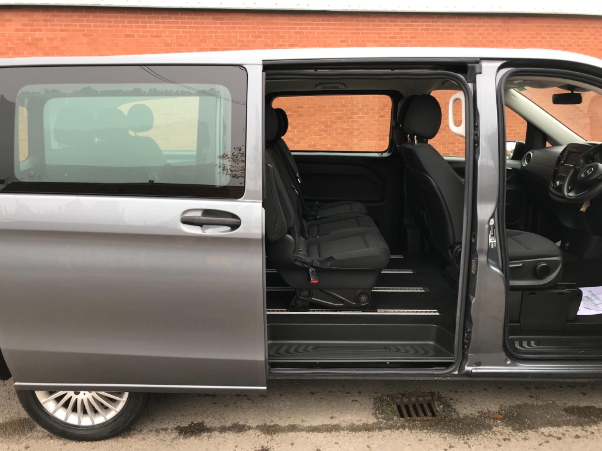2018 Mercedes-Benz Vito 119 Bluetec Tourer Select 8 Seater (KS18GOX) Image 31