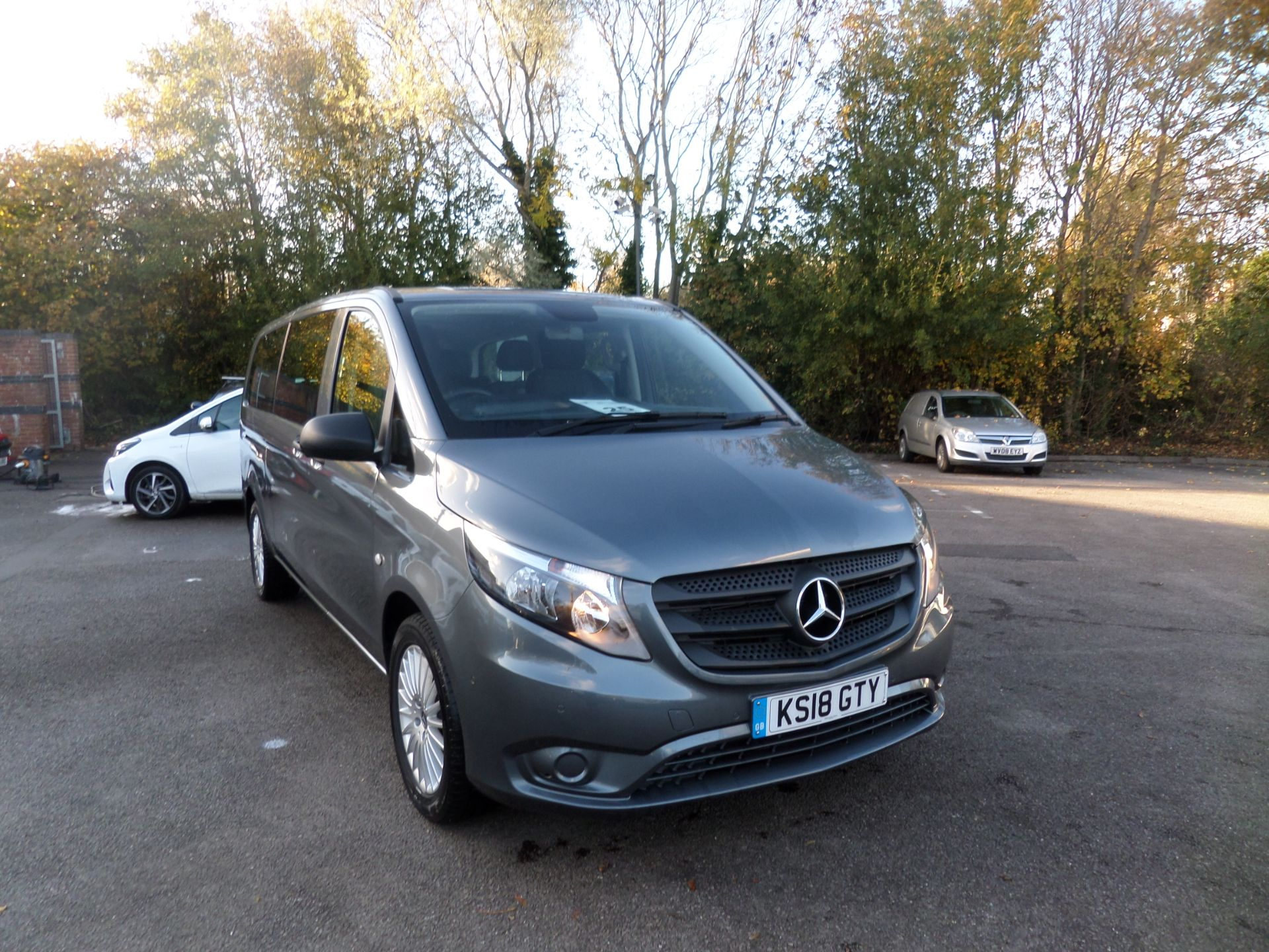 2018 Mercedes-Benz Vito 119 Bluetec Tourer Select 8 Seats Euro 6 (KS18GTY)