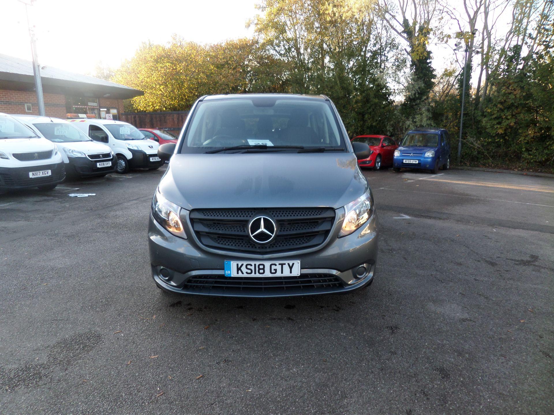 2018 Mercedes-Benz Vito 119 Bluetec Tourer Select 8 Seats Euro 6 (KS18GTY) Image 11