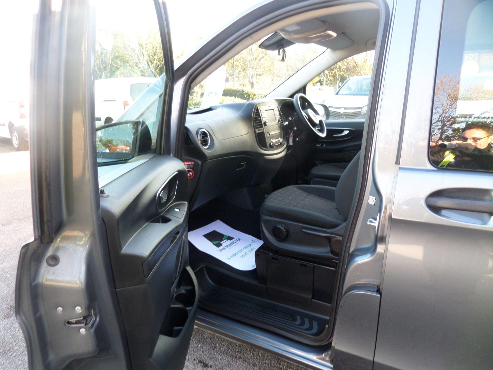 2018 Mercedes-Benz Vito 119 Bluetec Tourer Select 8 Seats Euro 6 (KS18GVF) Image 8