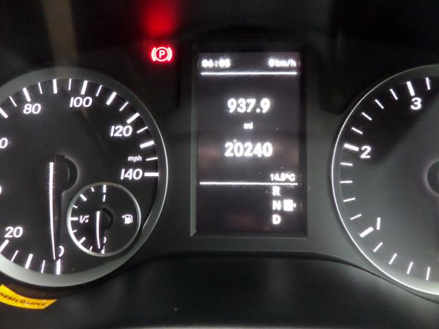 2018 Mercedes-Benz Vito 119 Bluetec Tourer Select 8 Seats Euro 6 (KS18GVF) Image 14