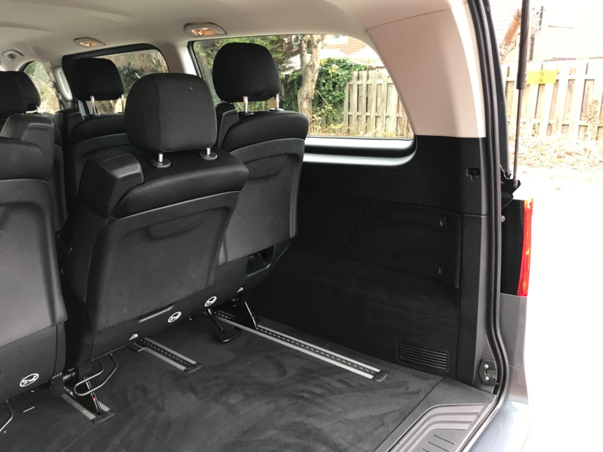 2018 Mercedes-Benz Vito 119 Bluetec Tourer Select 8 Seater (KS18GVZ) Image 33