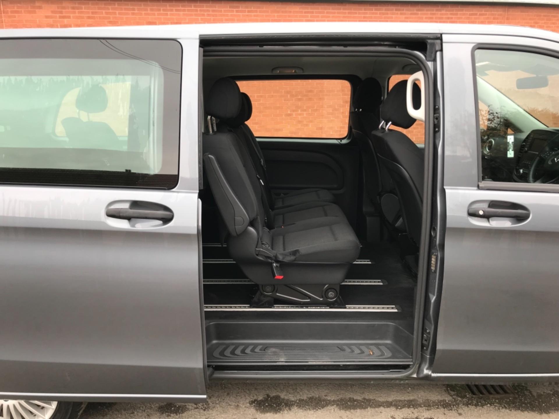 2018 Mercedes-Benz Vito 119 Bluetec Tourer Select 8 Seater (KS18GVZ) Image 30