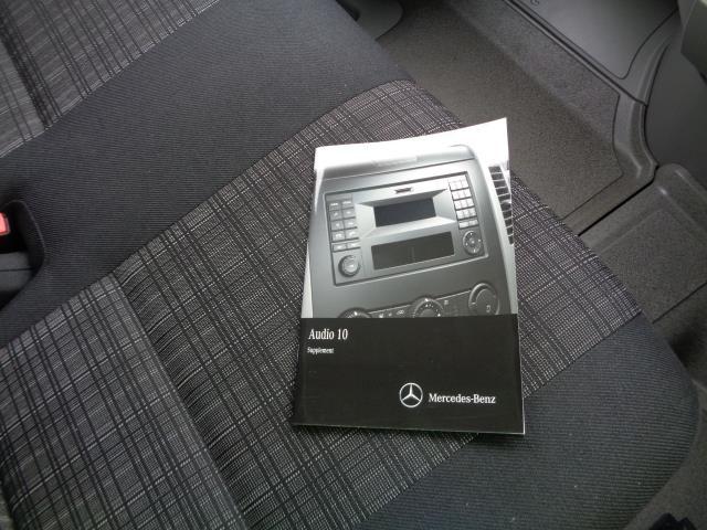 2016 Mercedes-Benz Sprinter 3.5T Luton (KS65OYB) Image 11