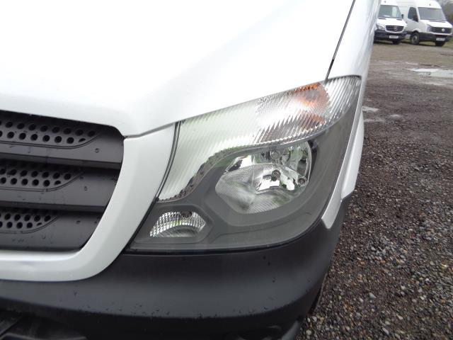 2016 Mercedes-Benz Sprinter 3.5T Luton (KS65OYB) Image 14