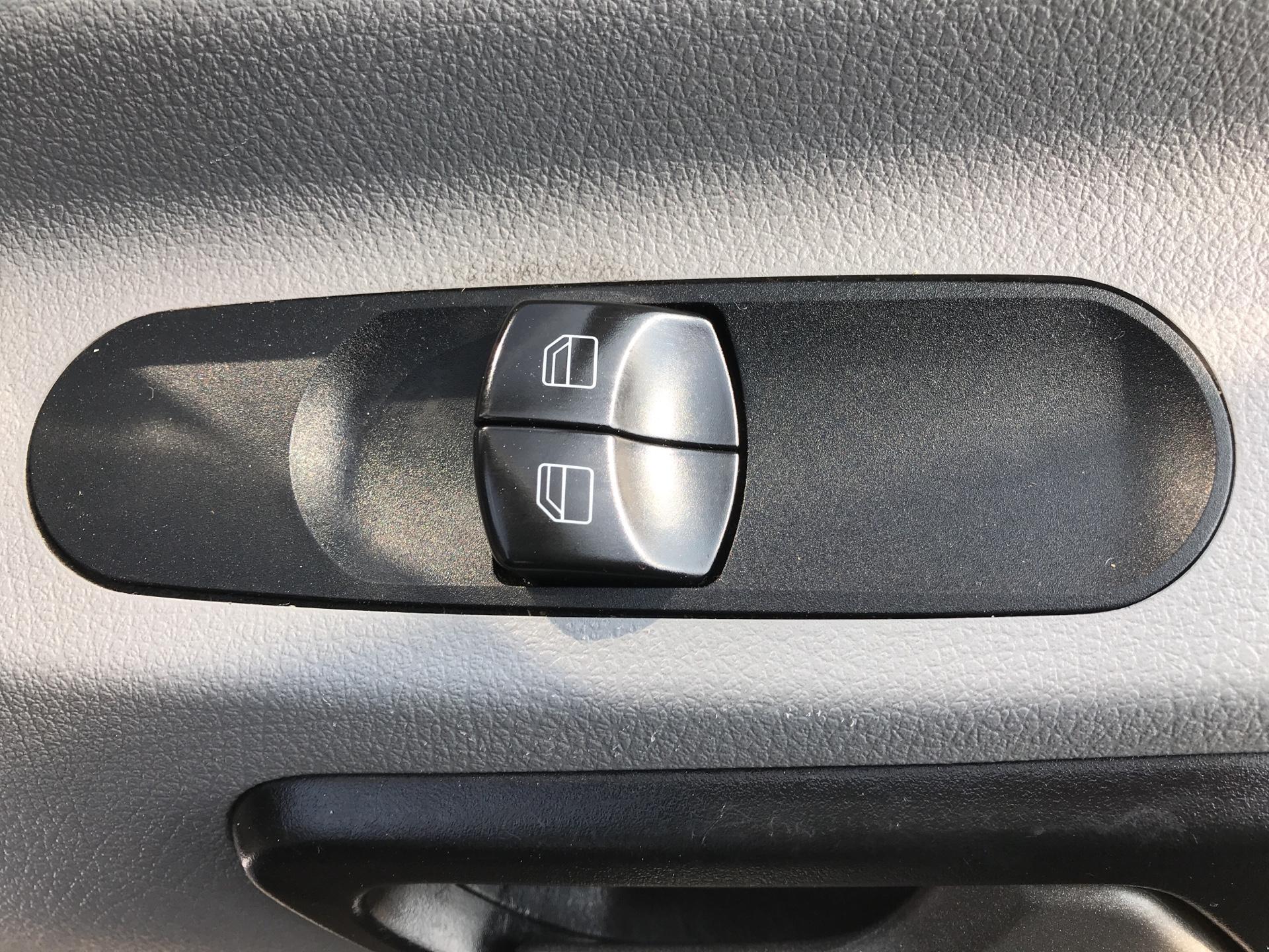 2016 Mercedes-Benz Sprinter 314 LWB H/R VAN EURO 6 (KS66WFK) Image 23