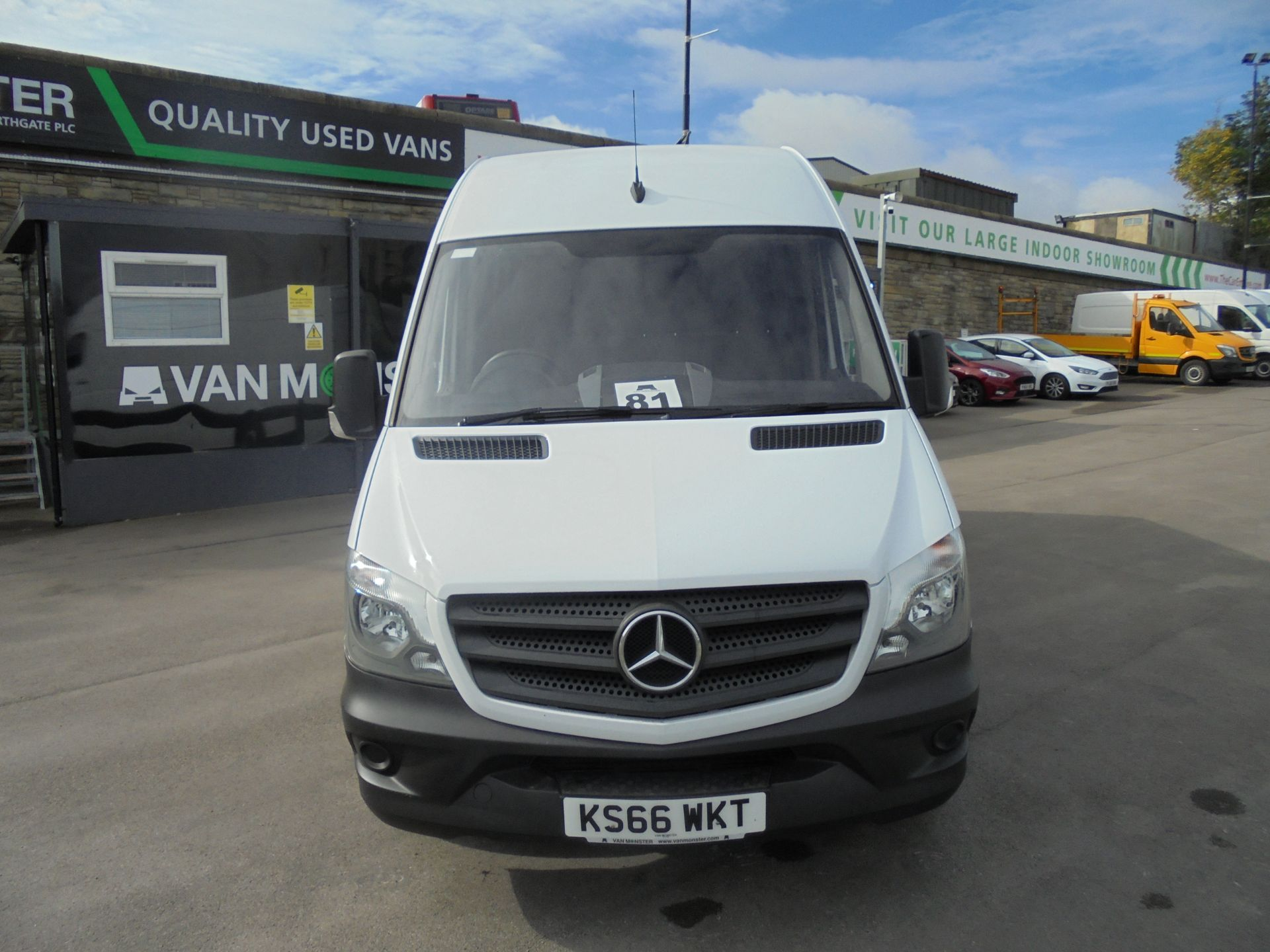2016 Mercedes-Benz Sprinter 3.5T High Roof Van (KS66WKT) Image 2