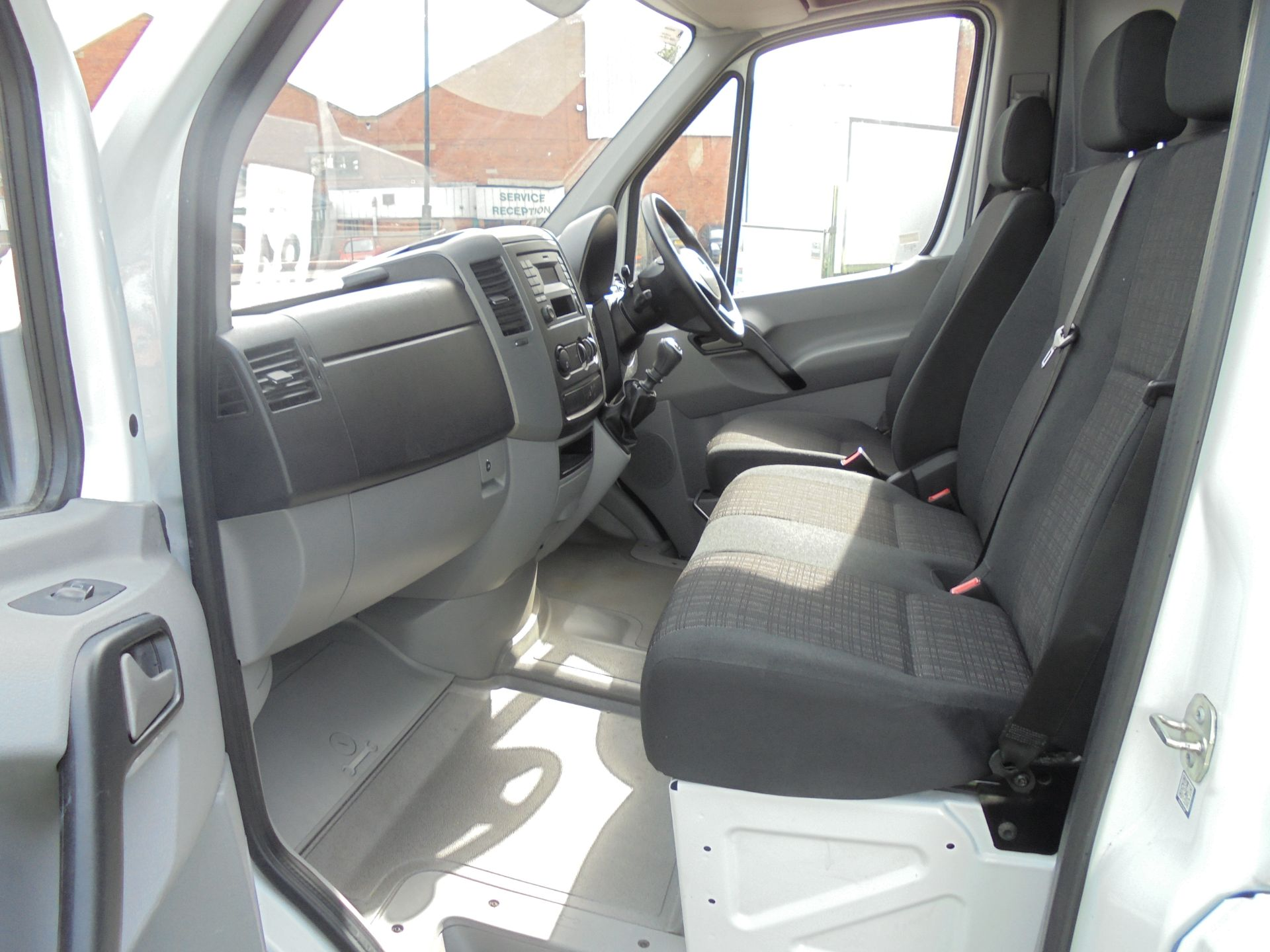 2016 Mercedes-Benz Sprinter 3.5T High Roof Van (KS66WKT) Image 17