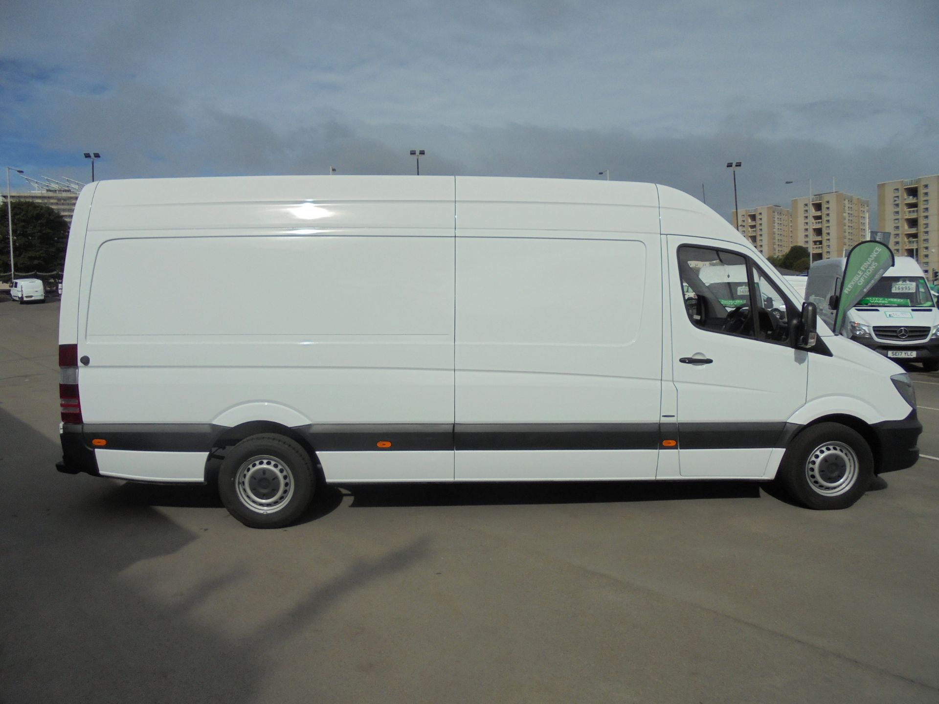 2016 Mercedes-Benz Sprinter 3.5T High Roof Van (KS66WKT) Image 8