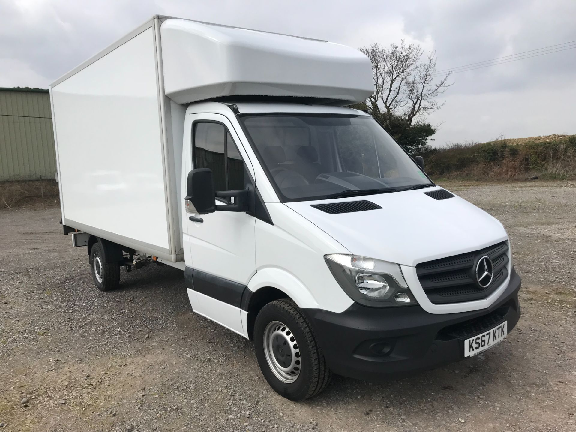 2017 Mercedes-Benz Sprinter 314 LWB LUTON EURO 6 With Tail Lift (KS67KTK) Image 1