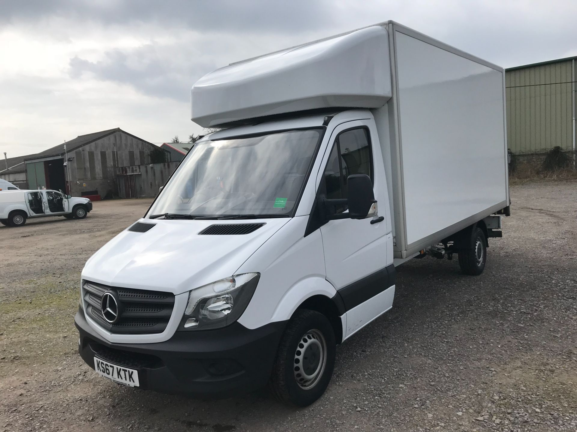 2017 Mercedes-Benz Sprinter 314 LWB LUTON EURO 6 With Tail Lift (KS67KTK) Image 3