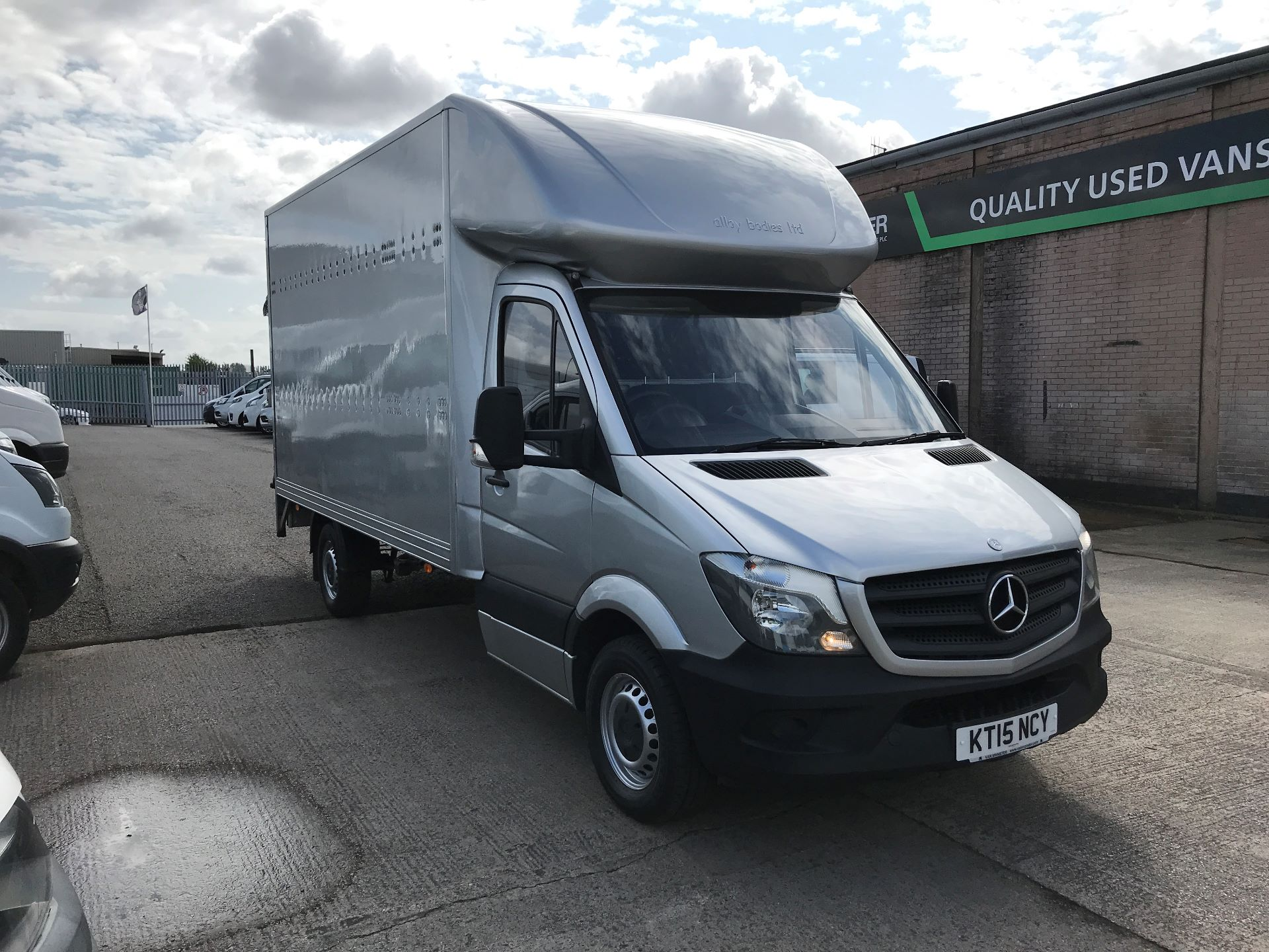 2015 Mercedes-Benz Sprinter 313CDI 13FT LUTON 130PS TAIL LIFT (KT15NCY)