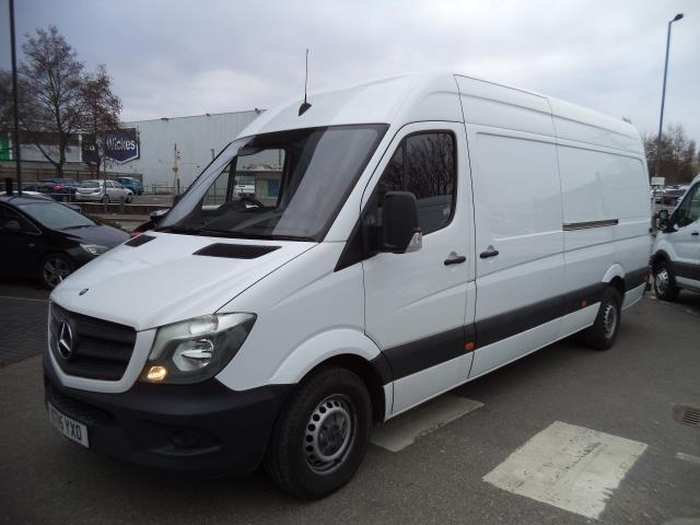 2015 Mercedes-Benz Sprinter 3.5T High Roof Van (KT15YXO)