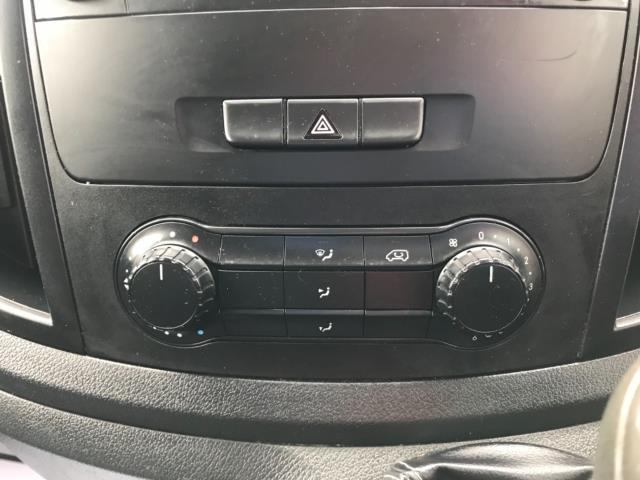 2017 Mercedes-Benz Vito 109 Cdi Van Euro 6 (KT17LVH) Image 22
