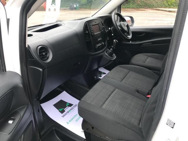 2017 Mercedes-Benz Vito 109 Cdi Van Euro 6 (KT17LVH) Image 24