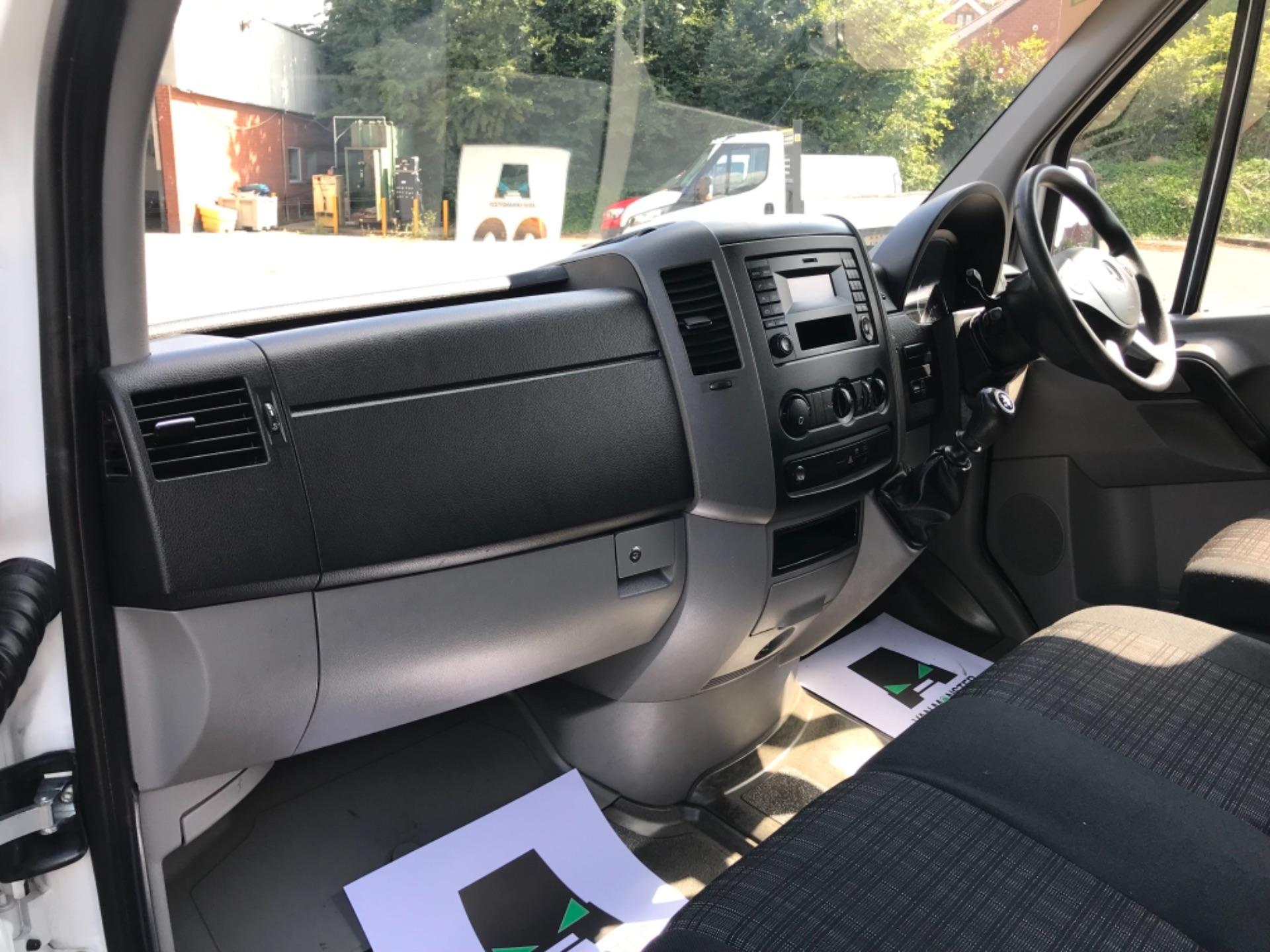 2017 Mercedes-Benz Sprinter 3.5T High Roof Van (KT17YJL) Image 26