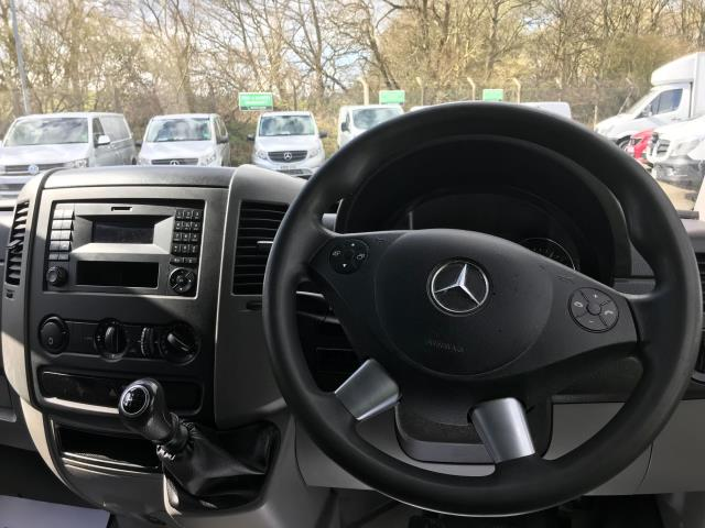 2017 Mercedes-Benz Sprinter 314 MWB H/R VAN EURO 6 (KT17YRX) Image 17