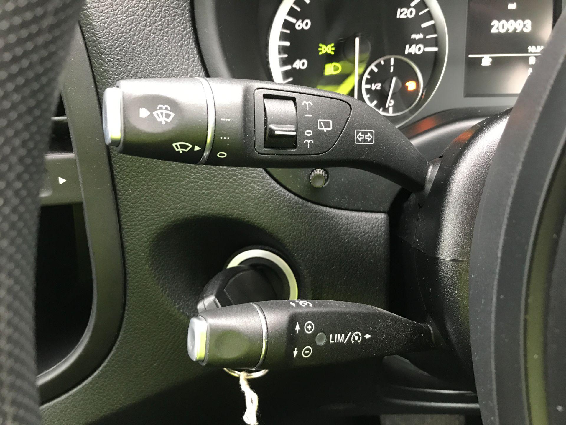 2018 Mercedes-Benz Vito 119CDI XLWB BLUETEC TOURER SELECT EURO 6 AUTOMATIC (KT18AEM) Image 27