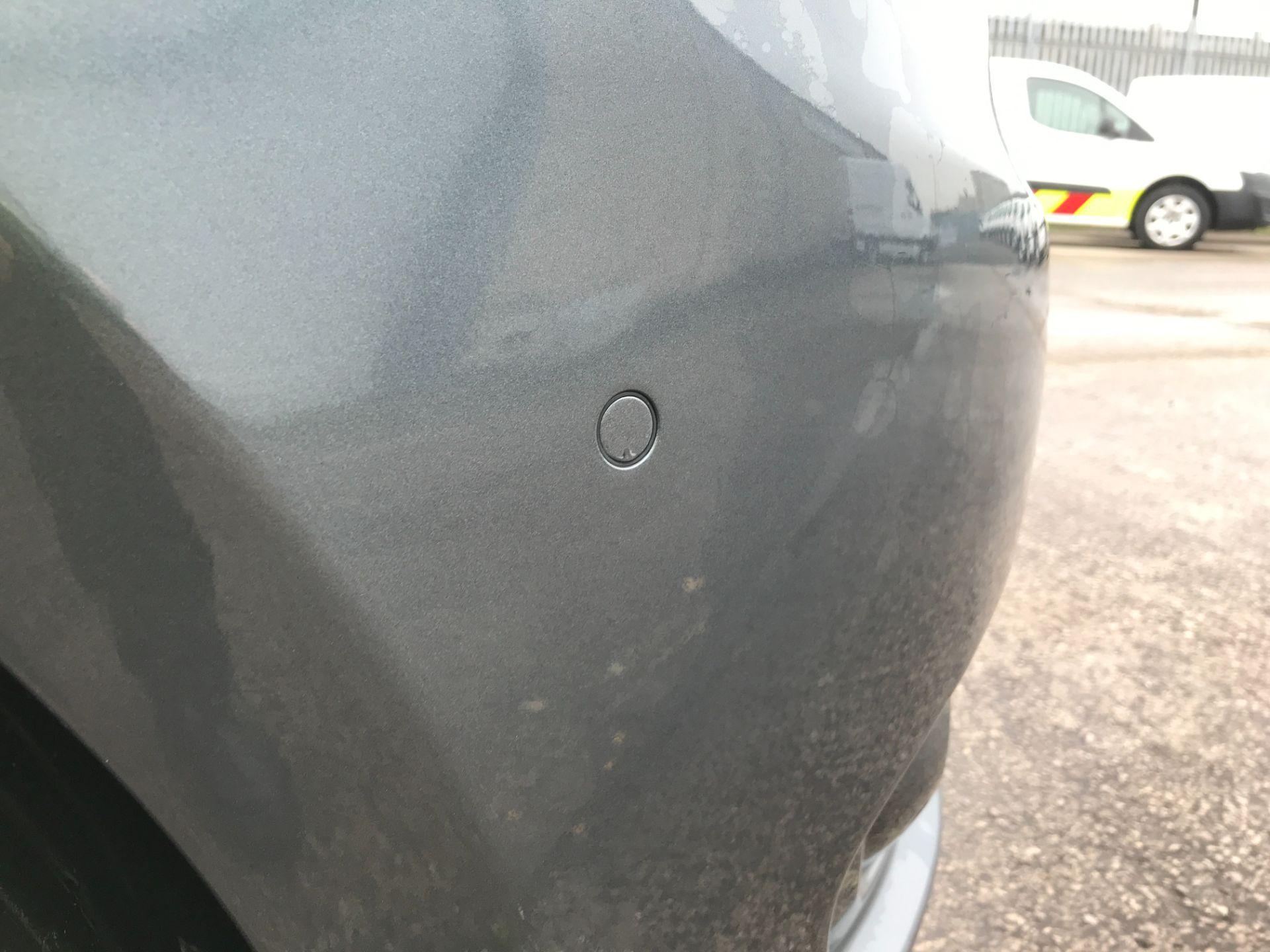 2018 Mercedes-Benz Vito 119CDI XLWB BLUETEC TOURER SELECT EURO 6 AUTOMATIC (KT18AEM) Image 14