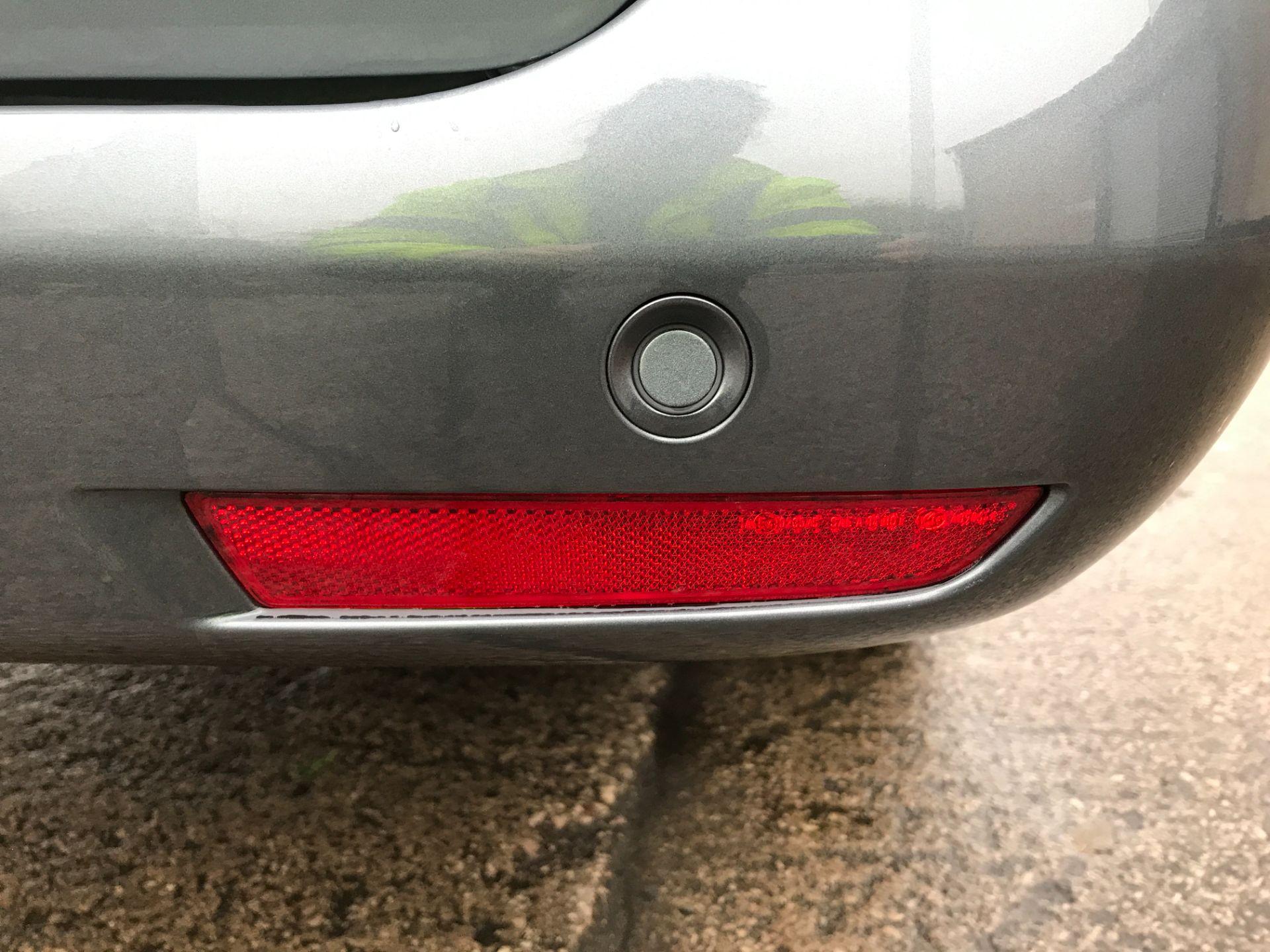 2018 Mercedes-Benz Vito 119CDI XLWB BLUETEC TOURER SELECT EURO 6 AUTOMATIC (KT18AFN) Image 18