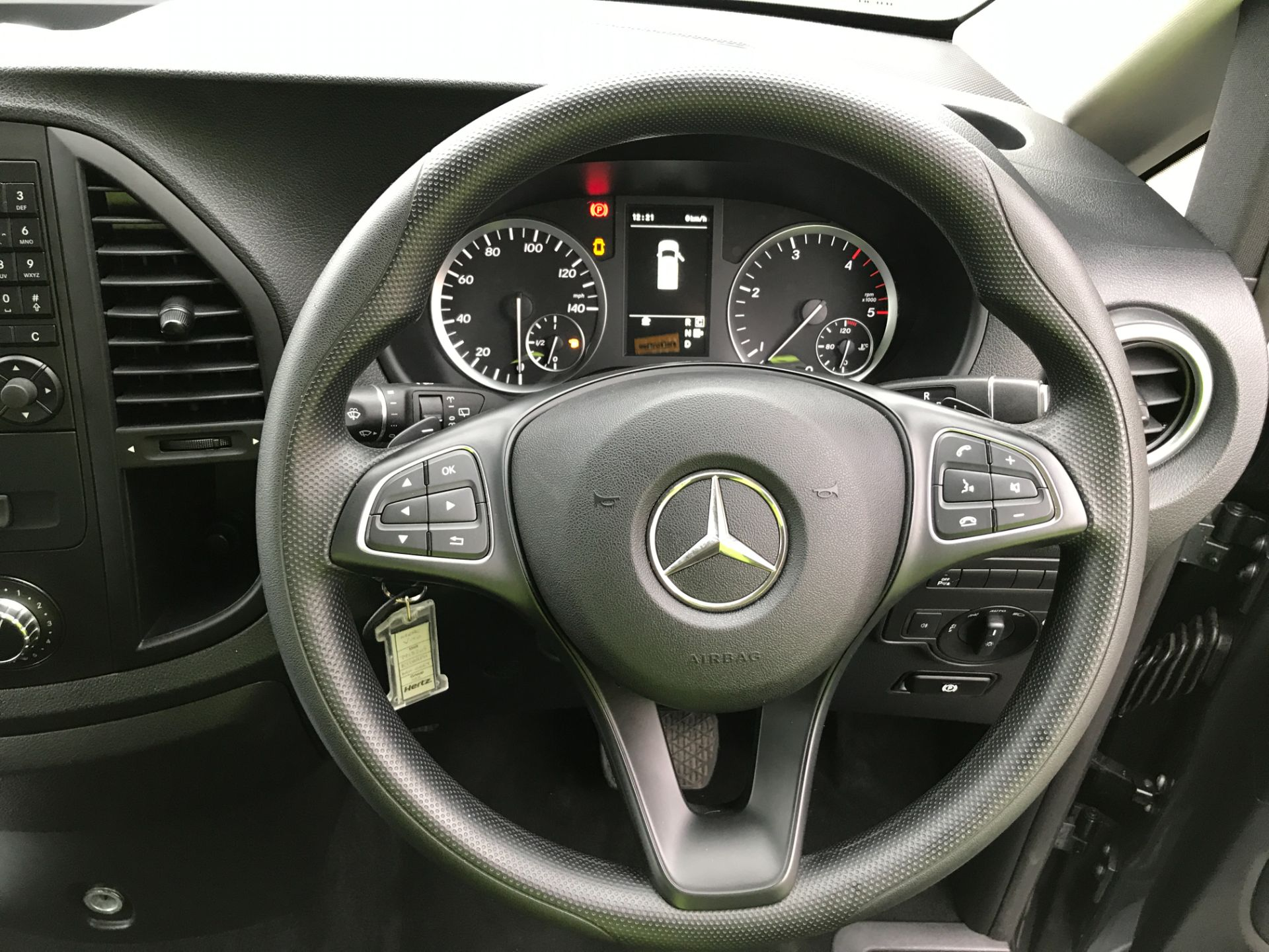 2018 Mercedes-Benz Vito 119CDI XLWB BLUETEC TOURER SELECT EURO 6 AUTOMATIC (KT18AFN) Image 4