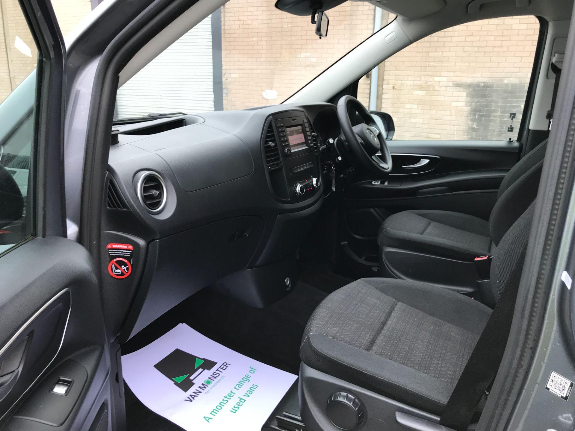 2018 Mercedes-Benz Vito 119CDI XLWB BLUETEC TOURER SELECT EURO 6 AUTOMATIC (KT18AFN) Image 23