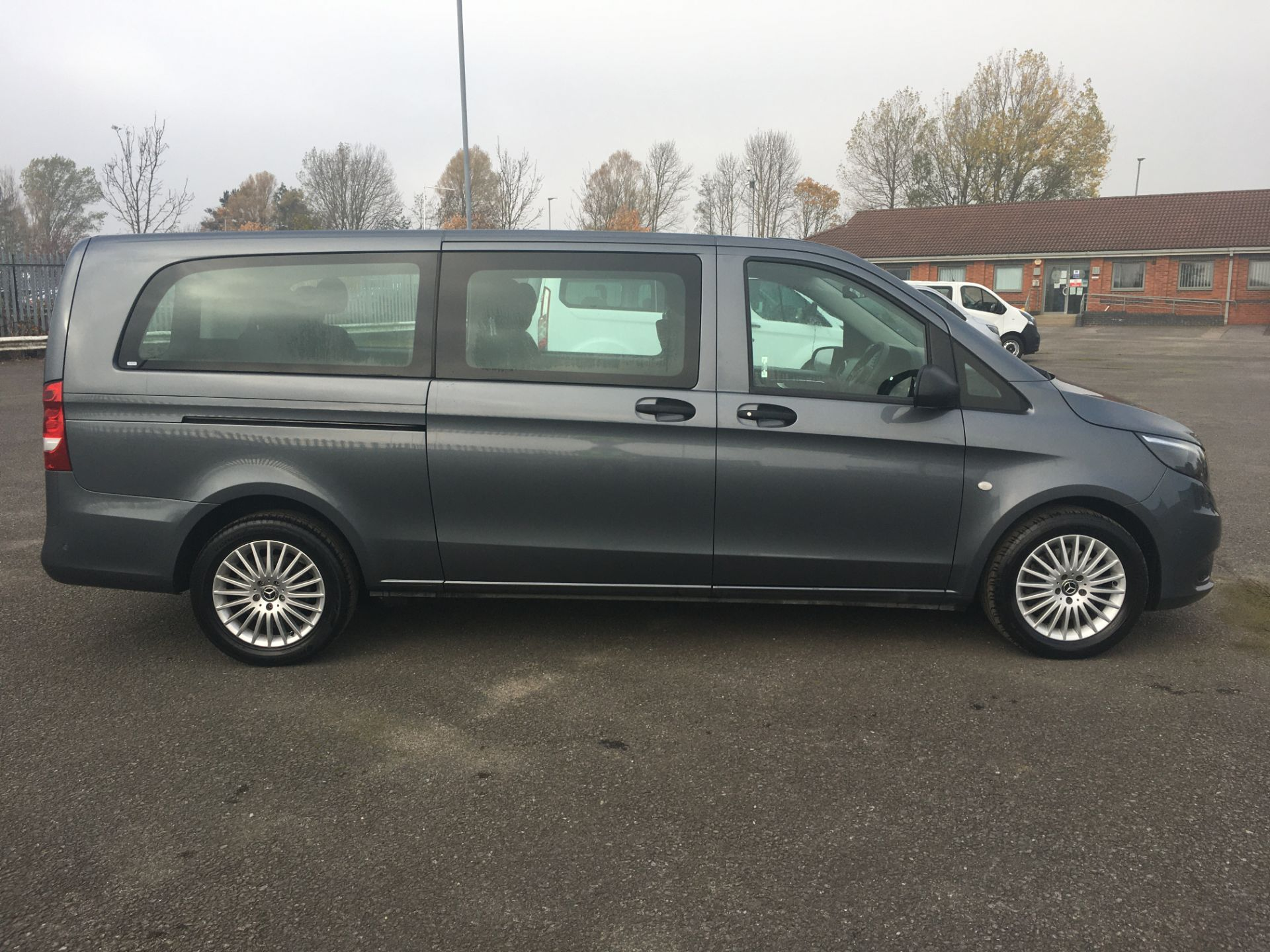 2018 Mercedes-Benz Vito 119 Bluetec Tourer Select (KT18AOF) Image 9