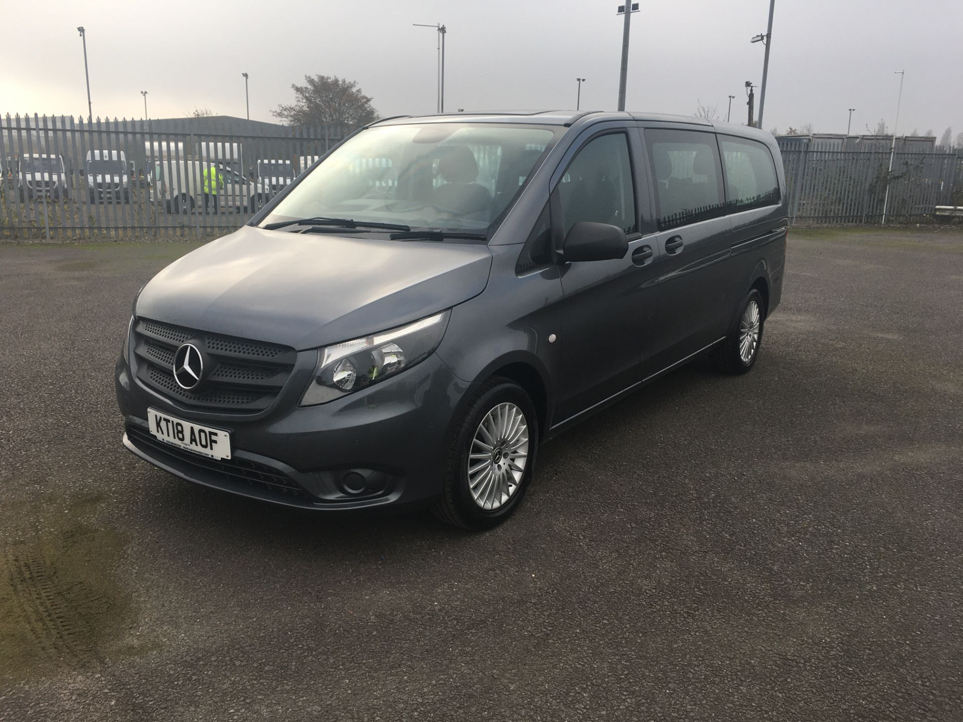2018 Mercedes-Benz Vito 119 Bluetec Tourer Select (KT18AOF) Image 3