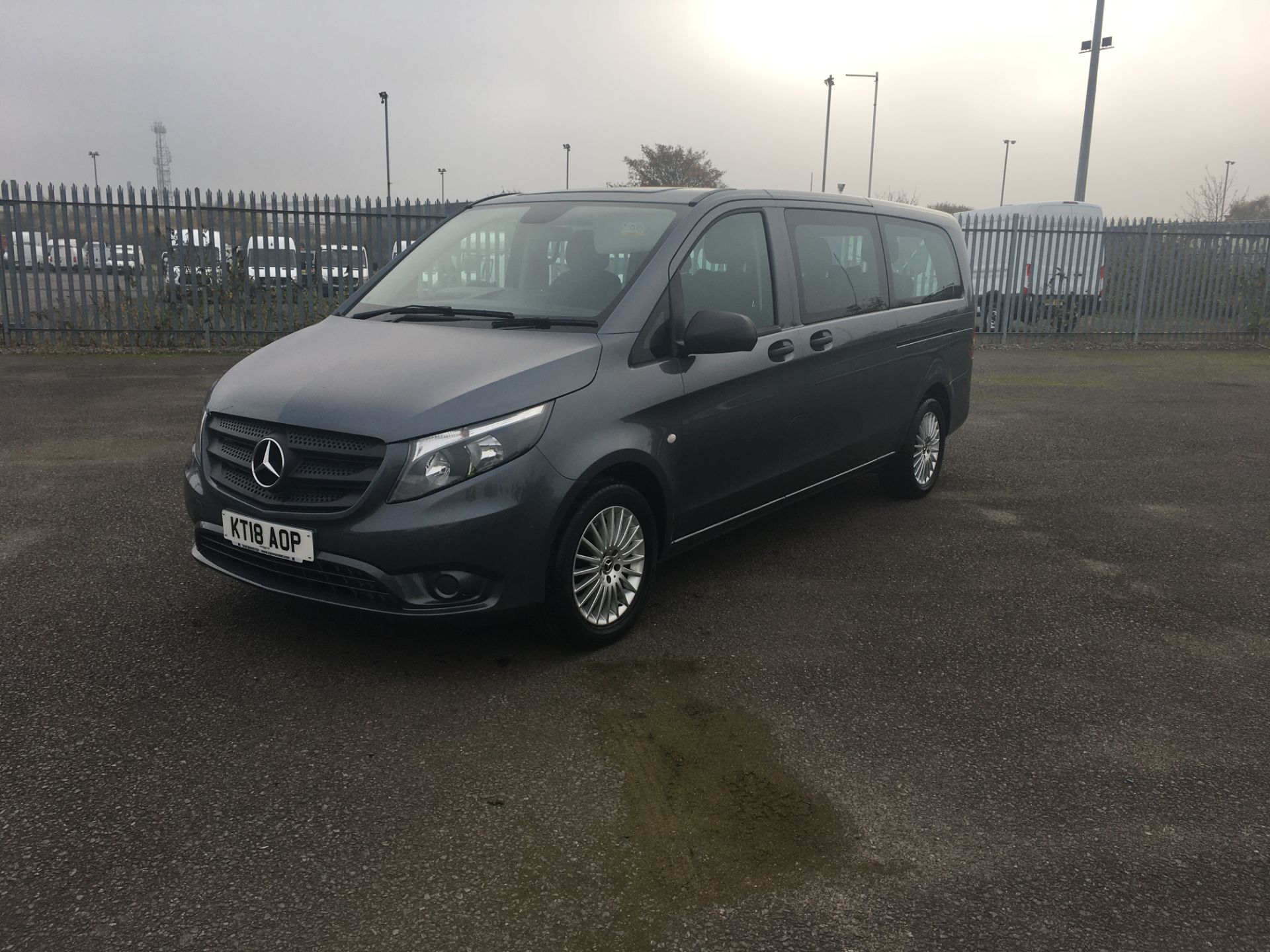 2018 Mercedes-Benz Vito 119 Bluetec Tourer Select (KT18AOP) Image 3