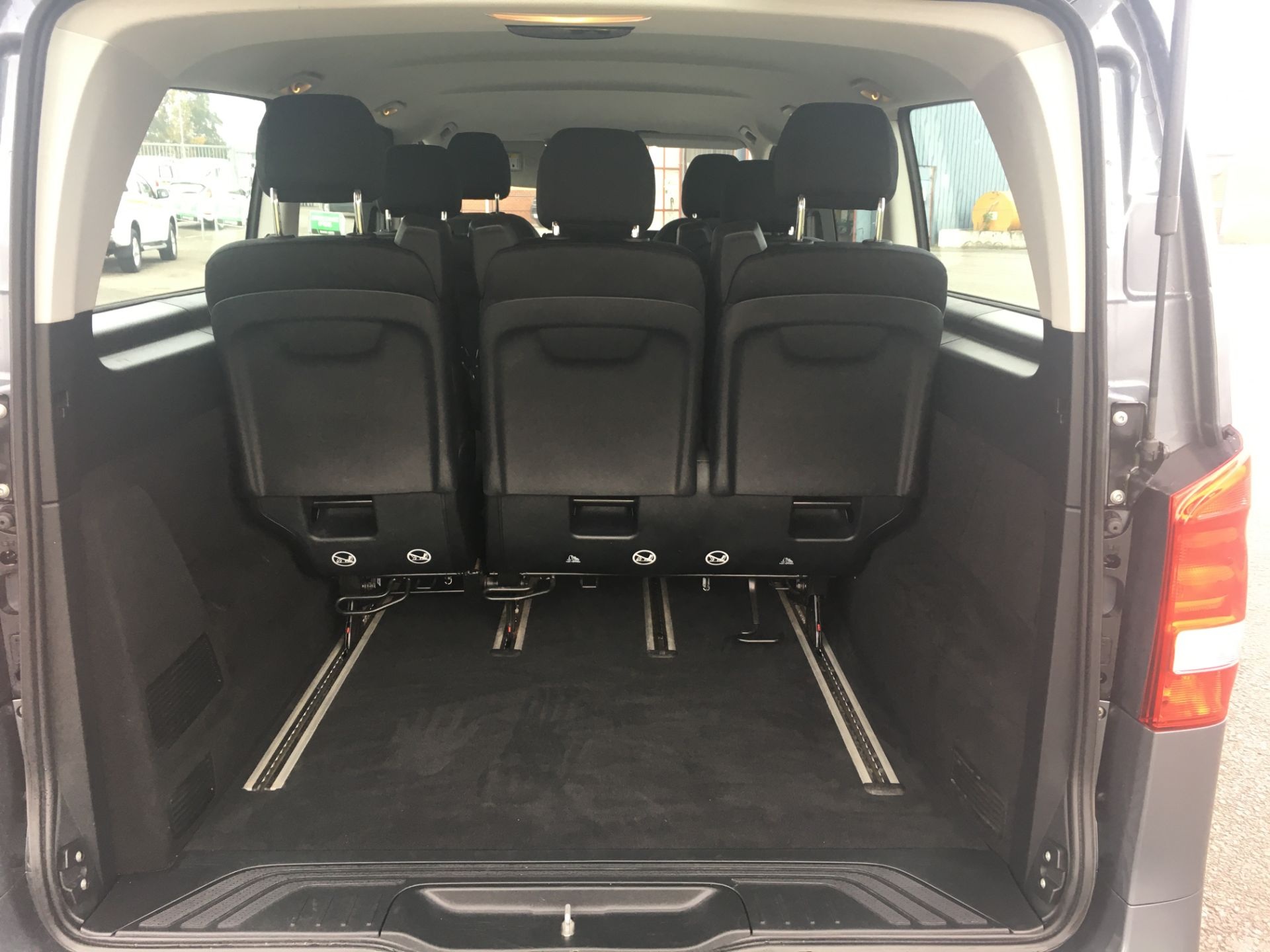 2018 Mercedes-Benz Vito 119 Bluetec Tourer Select (KT18AOP) Image 20