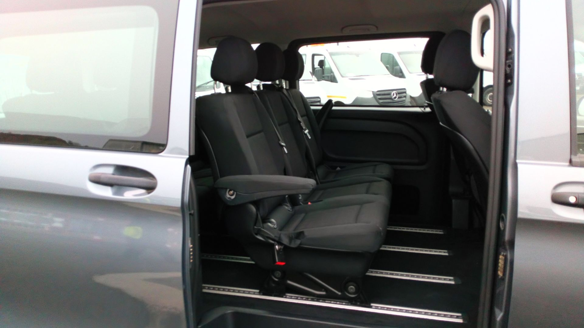 2018 Mercedes-Benz Vito 119 Bluetec Tourer Select (KT18PWZ) Image 11