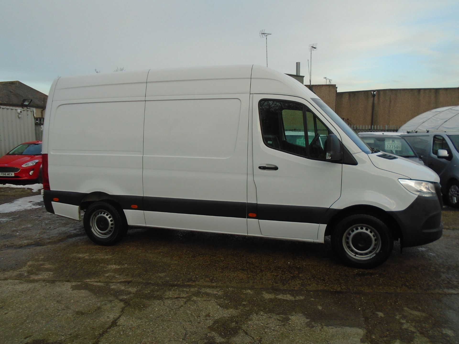 2019 Mercedes-Benz Sprinter 3.5T H2 Van *EURO 6* MWB (KT19FVO) Image 7