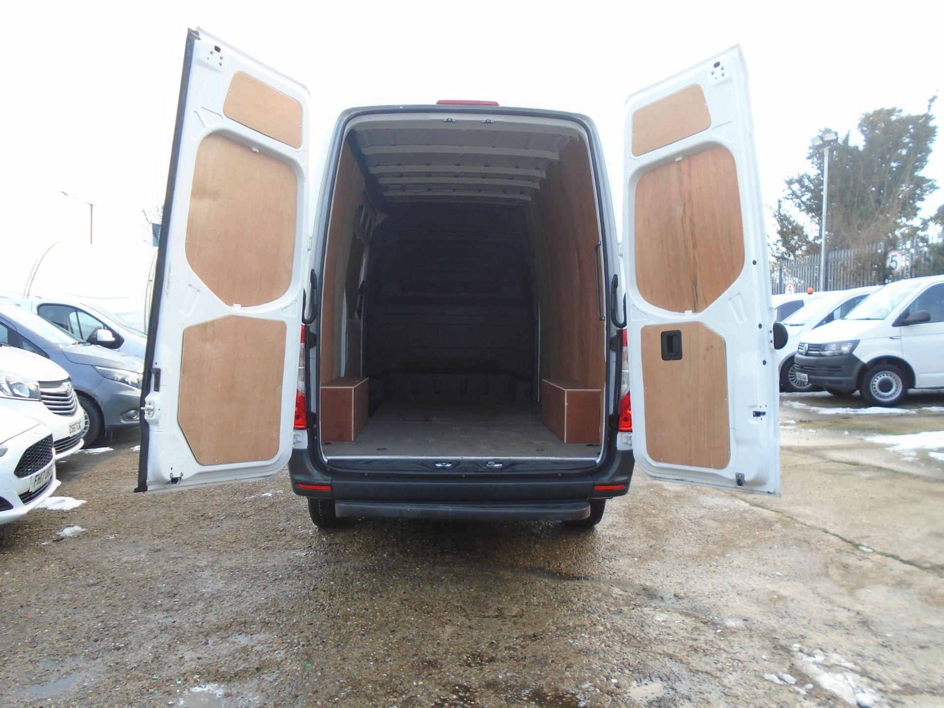 2019 Mercedes-Benz Sprinter 3.5T H2 Van *EURO 6* MWB (KT19FVO) Image 9