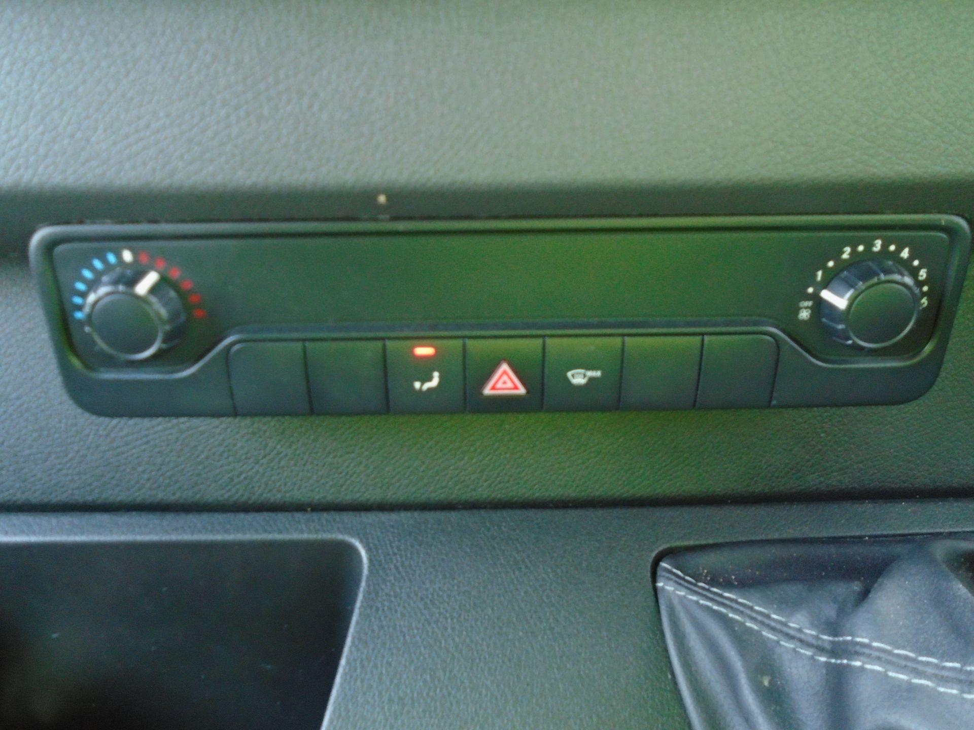 2019 Mercedes-Benz Sprinter 3.5T H2 Van *EURO 6* MWB (KT19FVO) Image 26