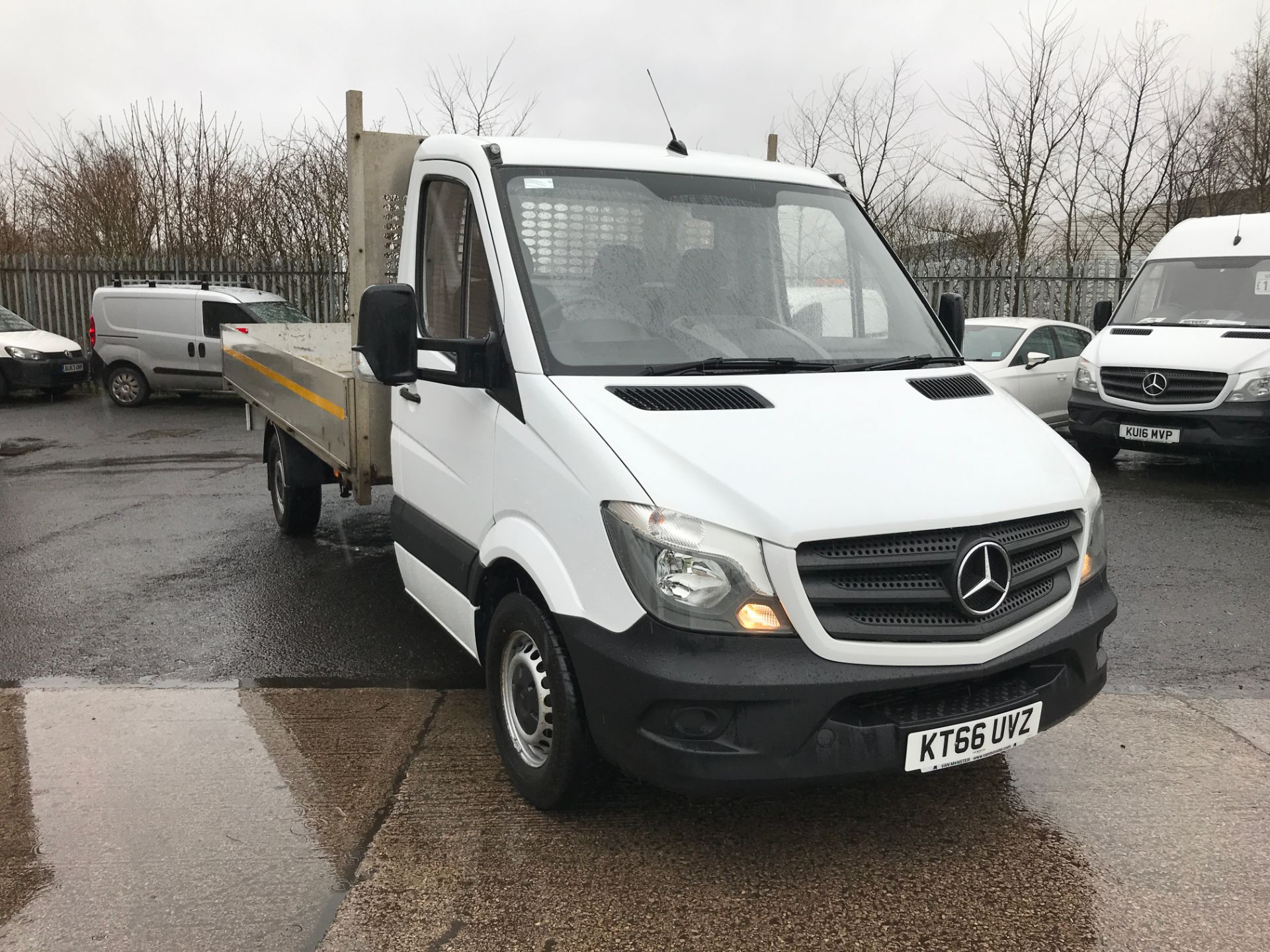 2017 Mercedes-Benz Sprinter 314CDI 13FT DROPSIDE 140PS EURO 6 (KT66UVZ)