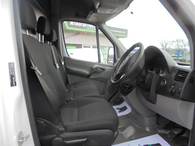2018 Mercedes-Benz Sprinter 314 MWB H/R VAN EURO 6 (KT67XHD) Image 9