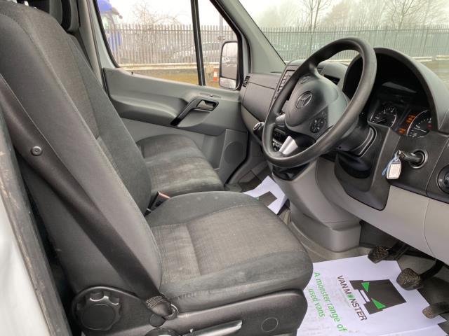 2018 Mercedes-Benz Sprinter 3.5T High Roof Van (KT67XJE) Image 13