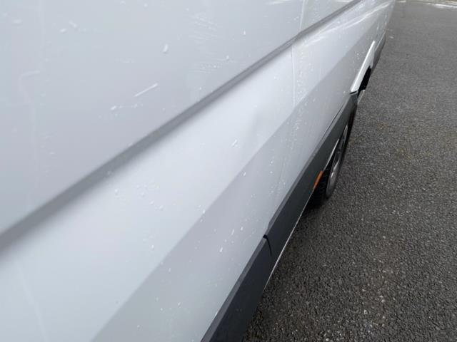 2018 Mercedes-Benz Sprinter 3.5T High Roof Van (KT67XJE) Image 19
