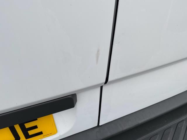 2018 Mercedes-Benz Sprinter 3.5T High Roof Van (KT67XJE) Image 20