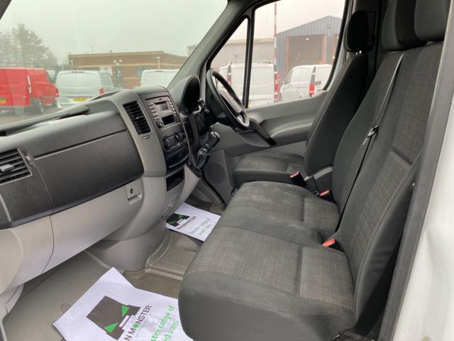 2018 Mercedes-Benz Sprinter 3.5T High Roof Van (KT67XJE) Image 14