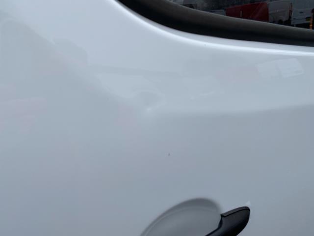 2018 Mercedes-Benz Sprinter 3.5T High Roof Van (KT67XJE) Image 17