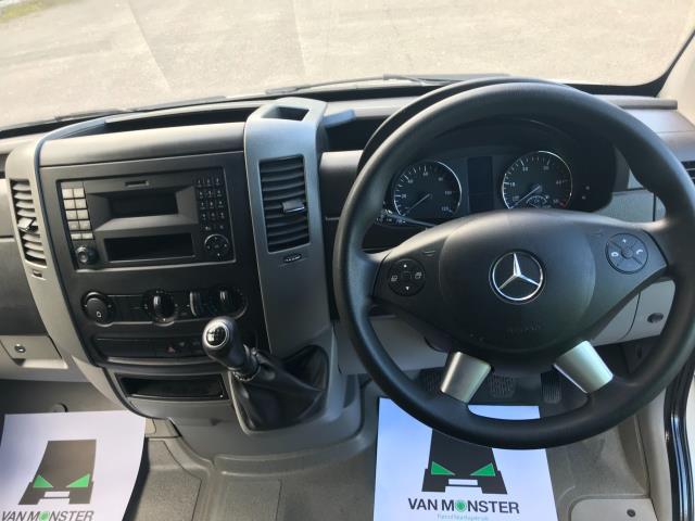 2018 Mercedes-Benz Sprinter 314 MWB H/R VAN EURO 6 (KT67XMR) Image 18